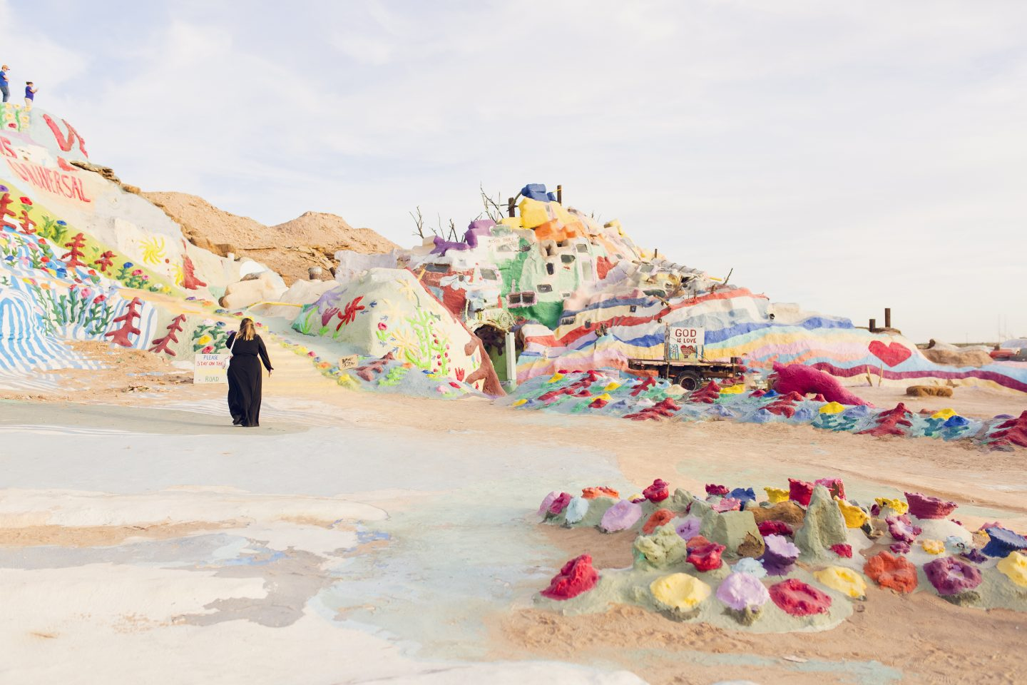 Salvation Mountain in California is in my top 10 favorite beautiful places in the US to visit.
