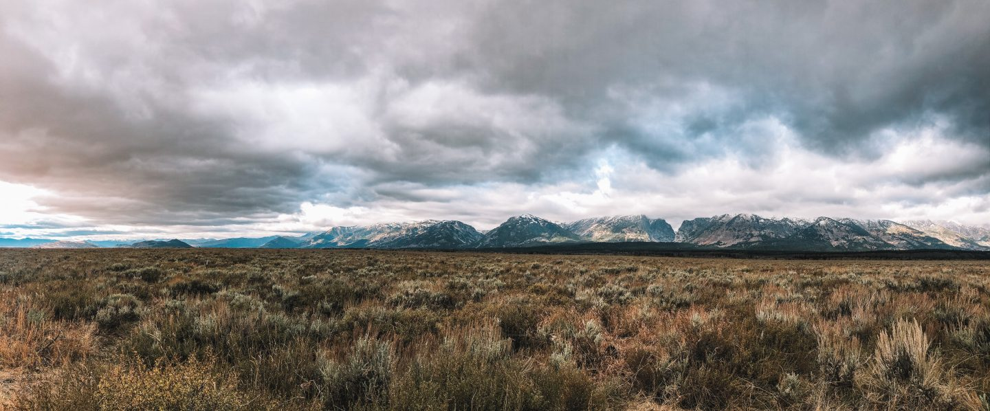 Grand Teton National Park in Wyoming is in my top 10 favorite beautiful places in the US to visit.