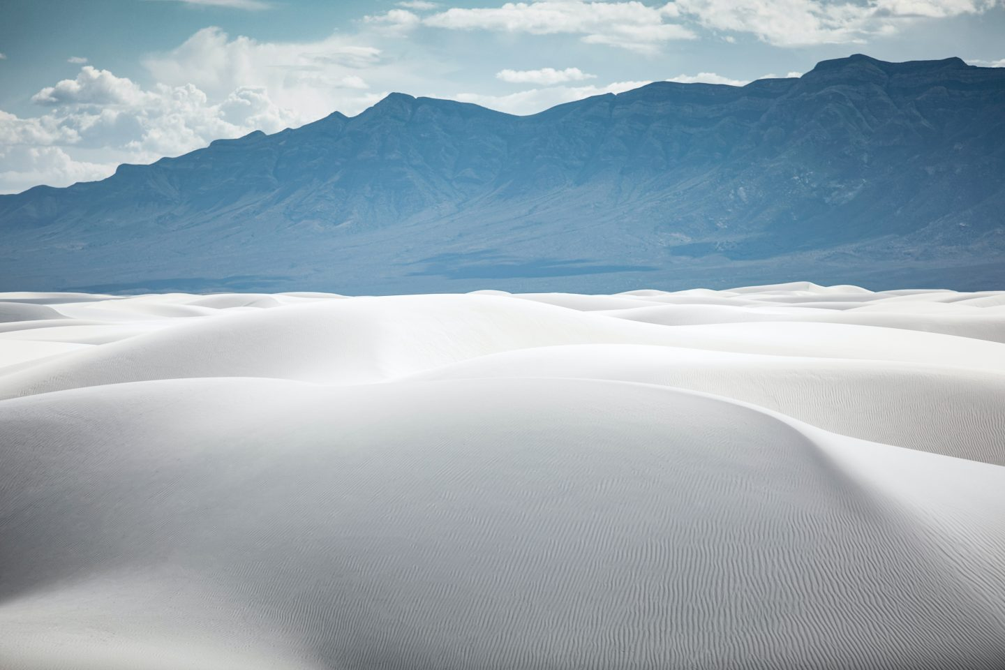 White Sands National Park near Alamogordo, New Mexico is in my top 10 favorite beautiful places in the US to visit.